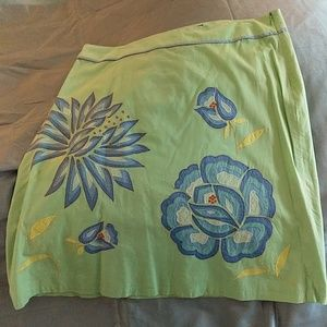NWT French Connection embroidered skirt